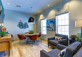 Midtown Pointe Apartments, Royal Oak, MI