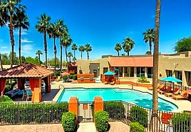 Palm Valley Apartment Homes, Goodyear, AZ