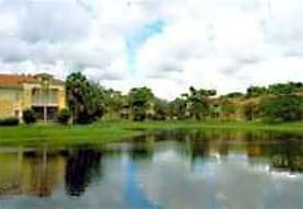 Palm Lake Apartments, West Palm Beach, FL