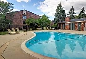 Autumn Ridge Apartments, Carol Stream, IL