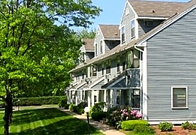 Countrywood at Enfield, Enfield, CT