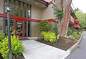 The Oswegan Apartments, Lake Oswego, OR