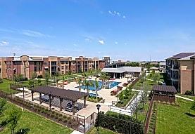 Commons of Chapel Creek, Frisco, TX