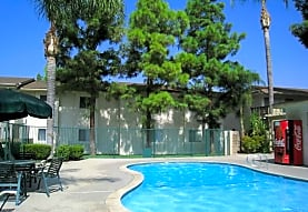 Loma Vista Apartments, San Bernardino, CA