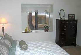 Meadowood Apartment Homes, Corona, CA