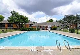 Braes Court, Houston, TX