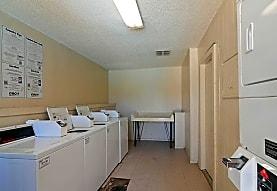 Sungate Apartments, San Antonio, TX