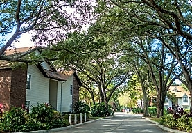 The Oaks of Woodland Park, Tampa, FL