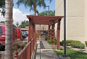 St. Bernardine Plaza, San Bernardino, CA