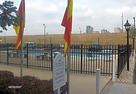 Riverchase Apartments, Newport, KY