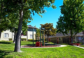 Ridgecrest Apartments, Martinez, CA