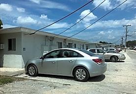 749 Curtiss Pky, Miami Springs, FL