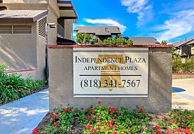 Independence Plaza, Canoga Park, CA