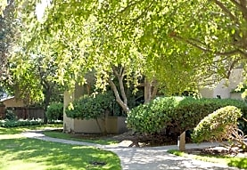 Briarwood Apartments, Pleasant Hill, CA