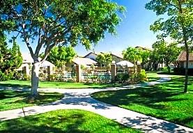 Foxwood Apartments - Fully Furnished!!!, San Diego, CA