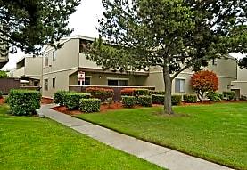 Garden Court, Salinas, CA