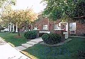 Bristol Court, Griffith, IN