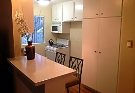 Summerview Beach Resort Luxury Apartments, Sherman Oaks, CA