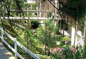 Sunrise Gardens Apartments, Placerville, CA
