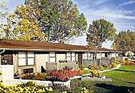 Hillcrest Villas Apartments, Crestview, FL
