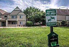 Peppertree Apartments, Merriam, KS