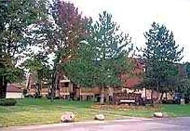 Meadow Oaks Apartments, Lorain, OH