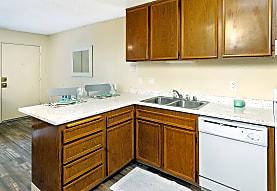 Hardy Avenue Apartments, San Diego, CA