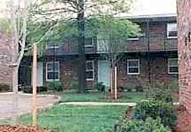 Colonial Apartments, Saint Ann, MO