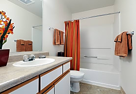 Summer Creek Apartments, Tigard, OR