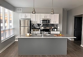 Apartments at the Yard: Dorchester West, Grandview Heights, OH