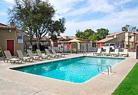 River Oaks, Hanford, CA