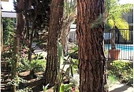 Florida Gardens, Huntington Beach, CA