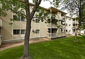 Southampton Apartments, Minnetonka, MN