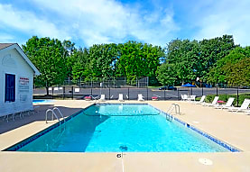 Westpark Apartments And Townhomes, Saint Louis, MO