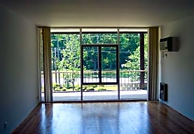 Amber's Red Run Apartments, Royal Oak, MI