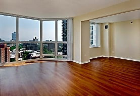 Hyde Park Tower Apartments, Chicago, IL