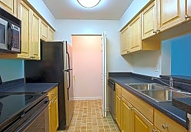 Springwoods at Lake Ridge Apartment Homes, Woodbridge, VA