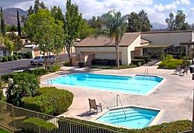 Crest Haven Apartments, San Bernardino, CA