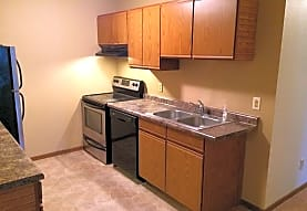 Thirteenth Street Student Apartments, Saint Cloud, MN