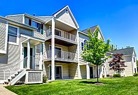 Drake's Pond Apartments, Kalamazoo, MI