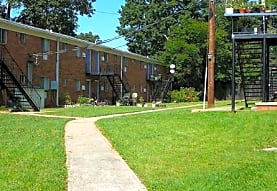 Whispering Oaks Apartments, Marietta, GA