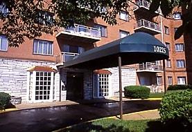 Kensington House Apartments, Kensington, MD