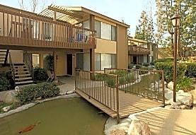 Eastwood Apartment Homes, Anaheim, CA