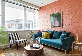 925 Common Luxury Apartments, New Orleans, LA