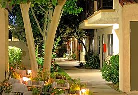 Parkwood Apartments, Lancaster, CA