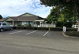 Champion Park Apartments - Tillamook, OR 97141