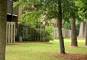 Brookfield At Lynndale, Greenville, NC