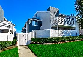 Madison Park Apartments, Riverside, CA