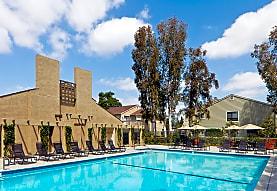 Windwood Knoll, Irvine, CA