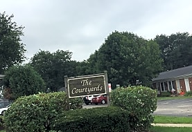 Courtyard Apartments, Belvidere, IL